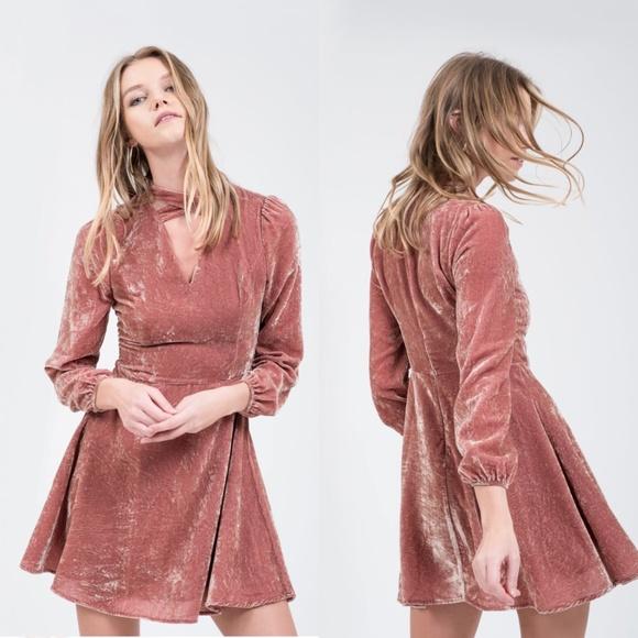 d00982e55f J.O.A. Dresses